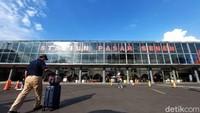 Wisata Sekitar Stasiun Pasar Senen, dari Jajan Baju Bekas Branded sampai Nasi Kapau