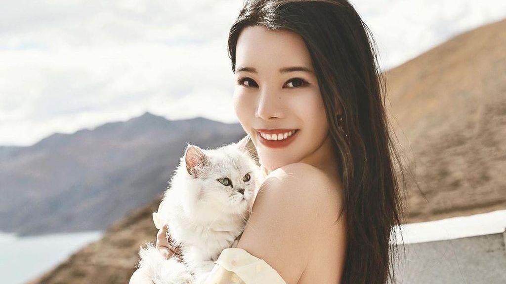 10 Potret Cantik Crazy Rich Asia yang Jadi Donatur Terbesar Met Gala