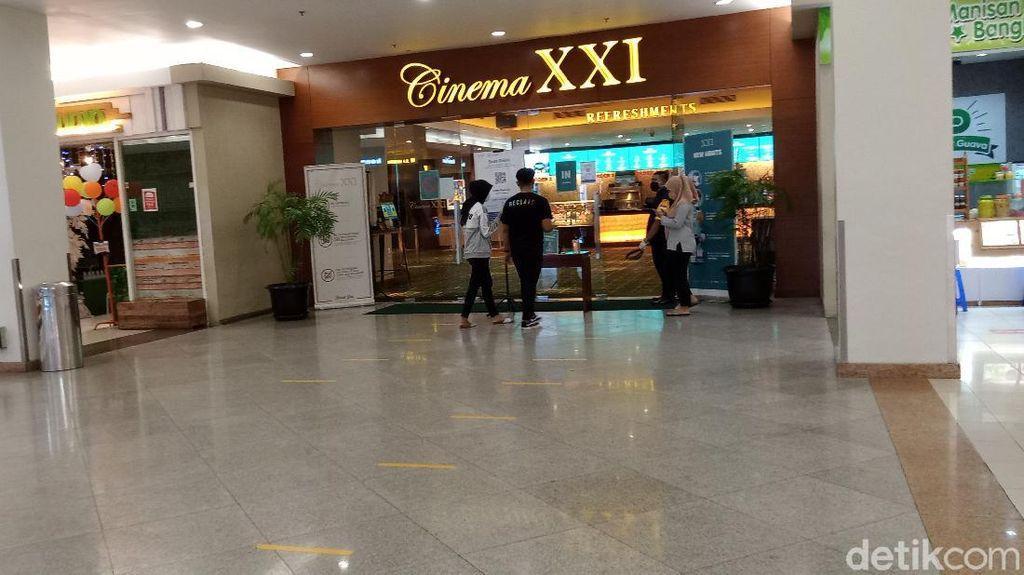 Hari Pertama Bioskop Buka di Surabaya, Pengunjung Masih Landai