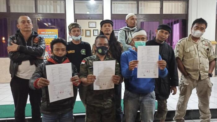 Anggota ormas dan penagih utang yang terlibat pertikaian di Sukabumi berdamai.