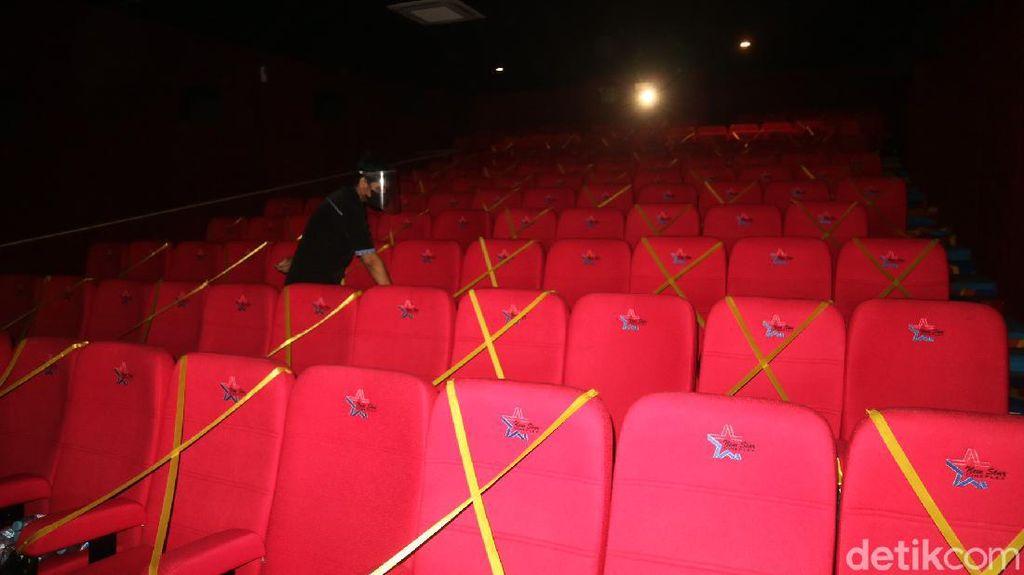 Update PPKM: Kapasitas Bioskop Ditambah, Anak-anak Boleh Masuk!