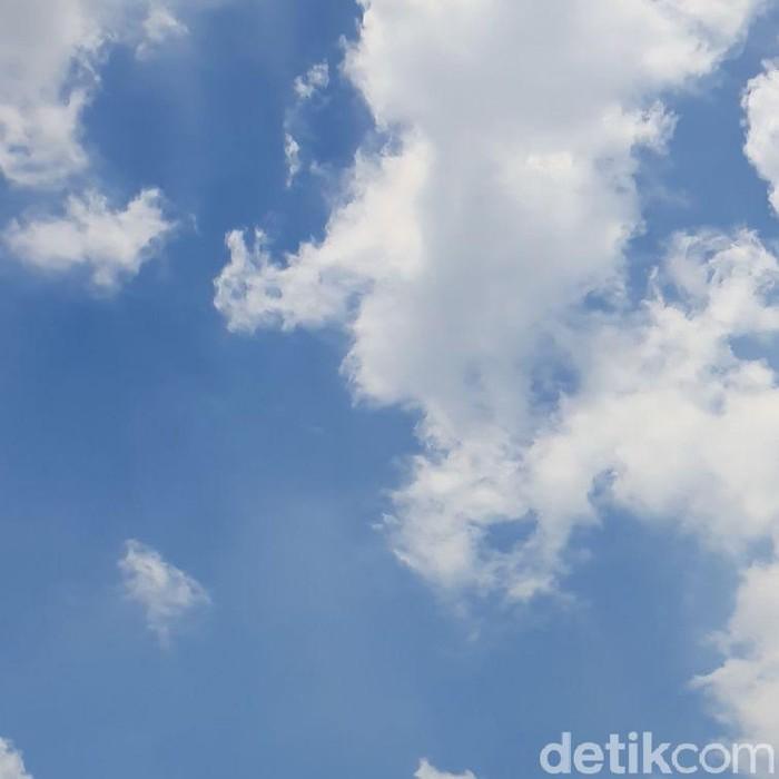 Cuaca hari ini di Jakarta, Jumat (17/9/2021) pukul 11.45 WIB