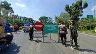Hari Pertama Gage di Ancol, Puluhan Kendaraan Berpelat Genap Diputar Balik