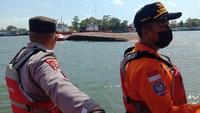 Kapal Penyeberangan Cilacap-Nusakambangan Tenggelam!