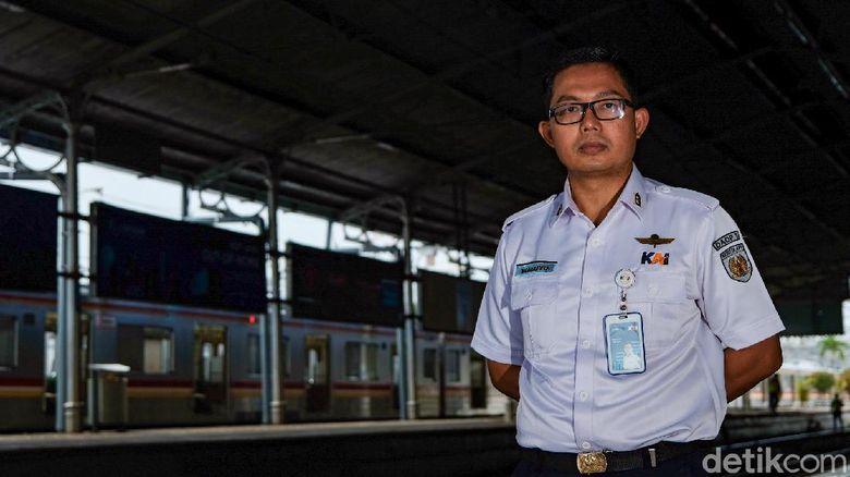 Kepala Stasiun Bogor Tri Waluyo