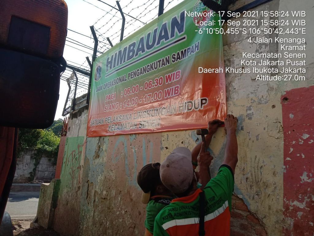 Penanganan sampah Jl Kenanga, Kramat, Jakpus, 17 September 2021. (Dok Pemkot Jakpus)