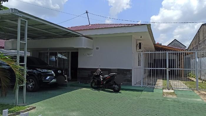 Rumah dinas pejabat Kemenkumham Riau yang dilempar bom molotov (Raja-detikcom)