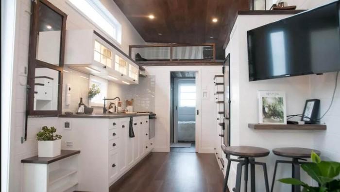 Menata rumah kecil bukan perkara mudah. Sebab, perabotan rumah memakan tempat yang banyak. Namun, rumah mini bukan berarti tak bisa ditata. Nih buktinya: