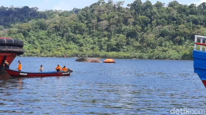 Suasana perairan Nusakambangan dekat dengan lokasi kapal Pengayoman IV tenggelam, Jumat (17/9/2021).