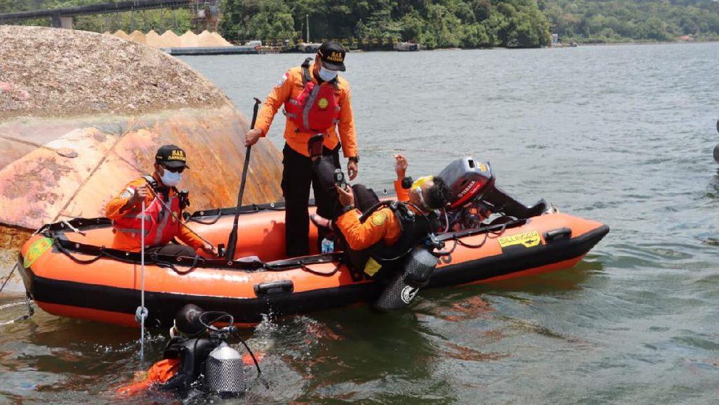 Kapal Pengayoman IV Kemenkumham Tenggelam di Cilacap Renggut 2 Korban Jiwa