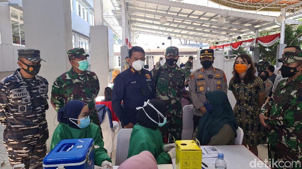 TNI-Polri Dorong Ratusan UMKM di Jabar Bertransformasi Digital