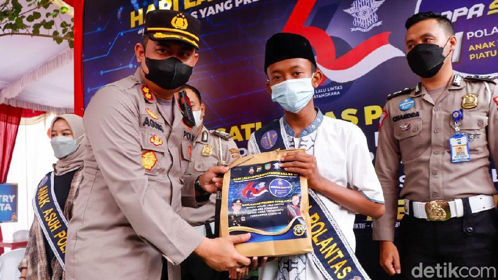 Puluhan Anak dari Korban COVID-19 di Jombang Jadi Asuhan Polisi
