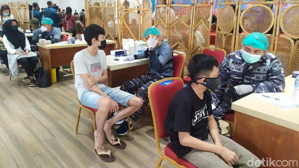 Jelang Kuliah Tatap Muka Terbatas, Vaksinasi Sasar Mahasiswa Bandung