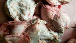 Polisi Akan Usut Sembako Ayam-Telur Tak Layak Konsumsi di Bandung Barat
