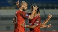 Liga 1 2021: PSM Gebuk Persebaya 3-1, Raih Kemenangan Pertama