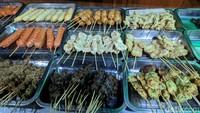 Nongkrong Seru di Angkringan Pak Jabrik yang Legendaris di Yogyakarta