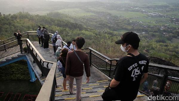 HeHa Sky View ini berlokasi di kawasan perbukitan Gunungkidul.