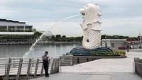 Terus Cetak Rekor Kasus COVID-19, Singapura Kembali Terapkan WFH
