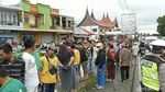 Potret Mobil Terjun ke Kolam-Sawah Usai Ditabrak Truk Rem Blong