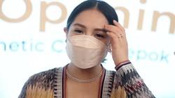 Nagita Slavina yang Dipuji Makin Cantik saat Datangi Klinik Kecantikan di Depok
