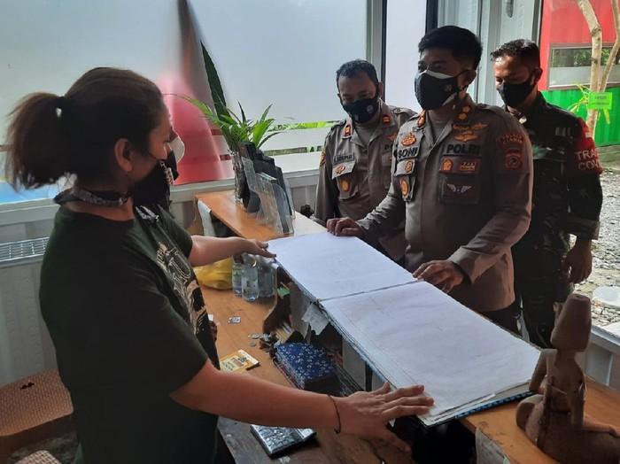 Polisi sidak hotel di Pangandaran