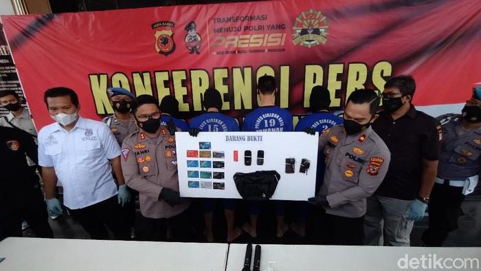 Polres Cirebon Kota ringkus komplotan pengganjal atm