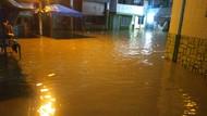 Kawasan Kampung Aur Medan Kebanjiran Lagi, Tinggi Air Capai 50 Cm