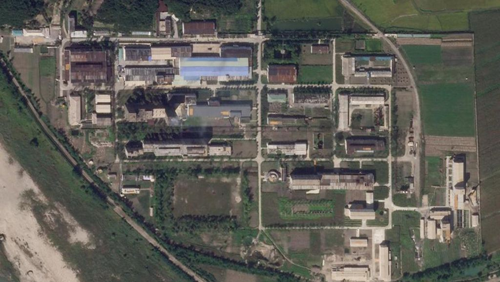 Foto Satelit Terbaru Tunjukkan Korut Perluas Fasilitas Pengayaan Uranium