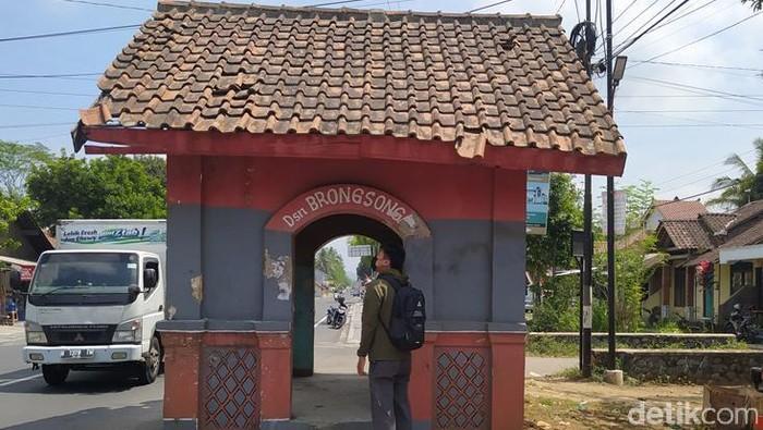 Gardu Londo pos jaga era Belanda di dekat Candi Borobudur Magelang