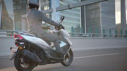 Inikah Wujud Skutik 150 cc Suzuki Penantang Nmax dan PCX?