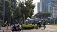 Meski Dilarang, Jalur Pesepeda Sudirman Tetap Ramai Dilintasi Warga Pagi Ini