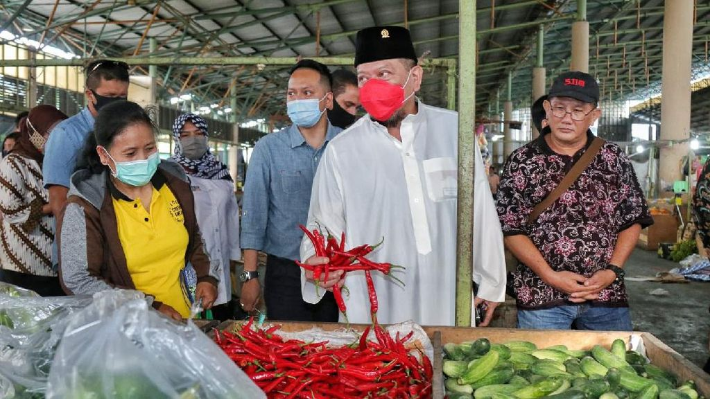 Ketua DPD Minta Vaksinasi Pedagang Pasar Tradisional Diprioritaskan