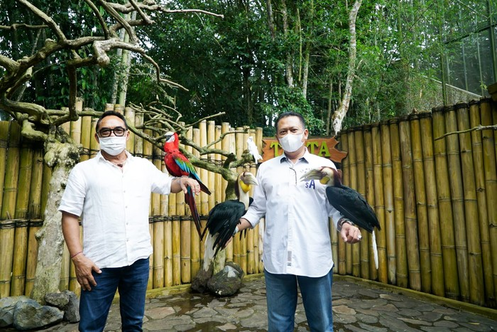 Bamsoet kunjungi Tasta Tabanan Wildlife Park.
