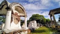 Makam Peneleh Surabaya, Ikonik dan Nggak Ada Angker-angkernya