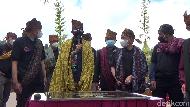 Sandiaga Anugerahi Ranu Pane Sebagai Desa Wisata Terbaik