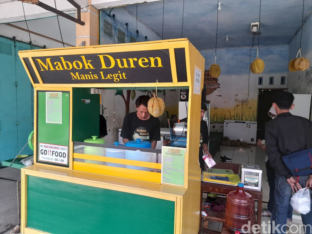 Di Warung 'Mabok Duren' Ada 7 Minuman Durian Asli yang Legit Harum