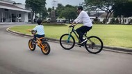 Momen Kebersamaan Jokowi dan Jan Ethes, Dari Jalan-jalan hingga Sepedaan