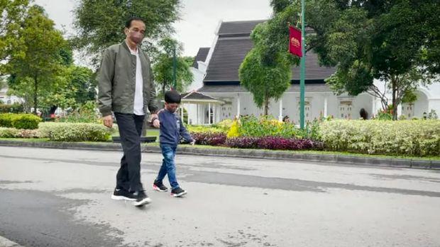 Presiden Jokowi dan Jan Ethes