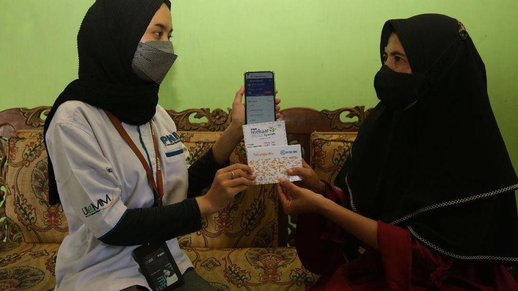 Ada Holding UMi, Emak-emak di Desa Bisa Nabung Tanpa Harus ke Kantor Bank