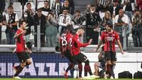 Fans AC Milan Ledek Juventus: Balik Saja ke Serie B!