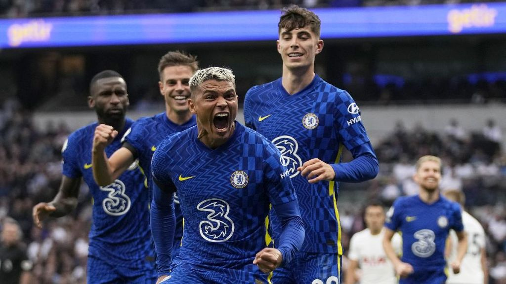 Klasemen Liga Inggris: Chelsea Memimpin, Ditempel Liverpool dan MU