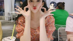 Guli Nazha, Wanita Tercantik Asia yang Hobi Makan Hot Pot