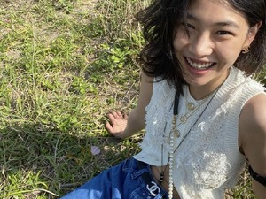 Jung Ho Yeon Saingi Pengikut Suzy di Instagram, Ingatkan Fans Soal Akun Palsu