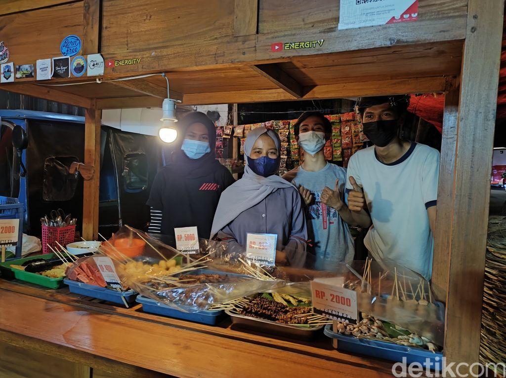 Keren! 4 Remaja Bisnis Angkringan, Omzetnya Rp 30 Juta Tiap Bulan!