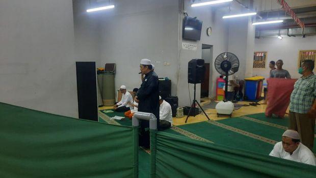 M Kace dan Yahya Waloni Masing-masing Ibadah di Rutan Bareskrim