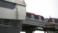 LRT yang Tabrakan di Cibubur Sedang Uji Coba