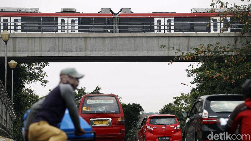 Menanti LRT Jabodebek yang Siap Beroperasi Tahun Depan