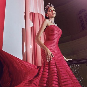 8 Foto Miss Universe Singapore 2021 yang Kemenangannya Jadi Kontroversi