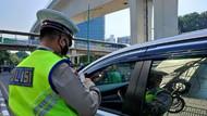 Langgar Ganjil Genap Jl Rasuna Said Jaksel, Sejumlah Pemobil Ditilang