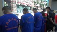 Jual Obat Terapi COVID-19 di Atas HET, 4 Orang Ditangkap Polisi Purwakarta